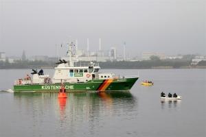 Heringsangeln in Rostock - Küstenwache und Angelboote