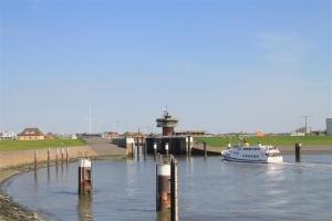 Hafeneinfahrt Büsum